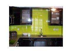 Кухонный фартук из супер чистого стекла с вырезом,покраска в 1 цвет
