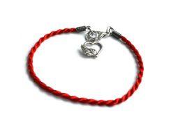 Браслет-талисман из красной нити с Сердечком