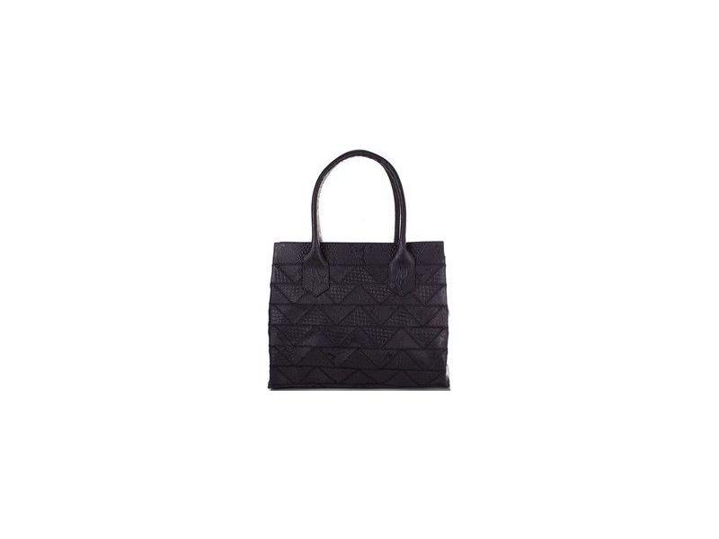 021967ca8b13 Интересная черная женская сумка из натуральной кожи в стиле