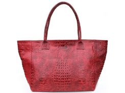 Красивая и вместительная красная сумка из натуральной кожи под крокодила
