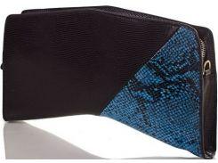 Необычной формы черно-синий кожаный клатч