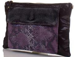 Черный замшевый клатч с фиолетово-серой вставкой с тиснением под рептилию