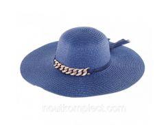 Женская шляпа с цепочкой