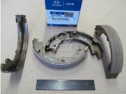 Колодки тормозные барабанные (компл) SANTA FE 2,7 05- (MOBIS)