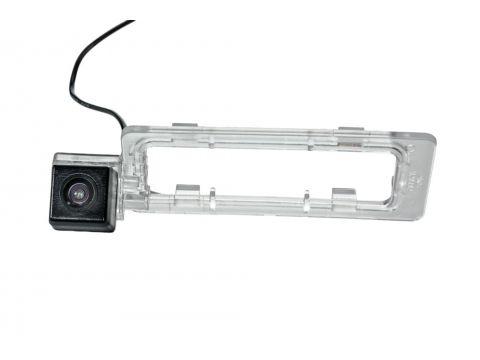Камера заднего вида Phantom CA-35 + FM-90 (Subaru) Киев