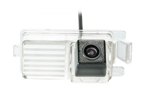 Камера заднего вида Phantom CA-35 + FM-26 (Nissan) Киев