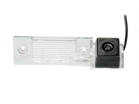 Камера заднего вида Phantom CA-35 + FM-14 (VW/Skoda/Seat) Киев