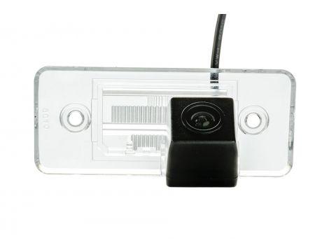 Камера заднего вида Phantom CA-35 + FM-16 (VW/Skoda/Seat) Киев