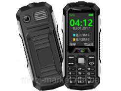 Прочный и надежный мобильный телефон LAND ROVER S6 SLIM  2 сим,2,2 дюйма,2 Мп,2000 мА/ч.