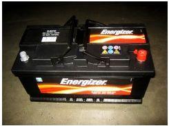 Автомобильный аккумулятор Energizer 83Ач