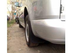 Брызговики задние для Volkswagen Caddy Maxi '04-15 оригинальные ОЕМ 2K3075101