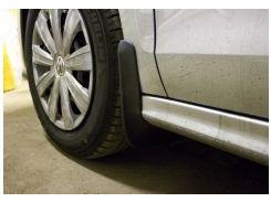 Брызговики передние для Volkswagen Jetta '10-. Оригинальные ОЕМ 5C6075111
