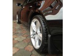 Брызговики задние для Audi A4 '12-15. Оригинальные ОЕМ 8K0075101