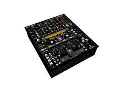 DJ микшерный пульт Behringer DDM4000 Digital Pro Mixer