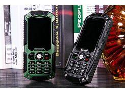 Кнопочный мобильный телефон Land Rover Discovery S6 (M8) Green IP54