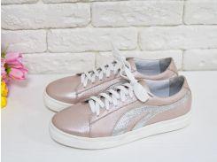 Спортивные туфли на шнуровке из натуральной кожи нежно розового цвета с эффектом перламутра  и вставками из серебряной кожи, на яркой белой подошве,  Т-17026/2