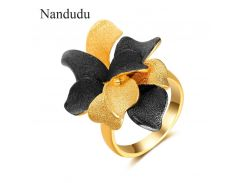 Nandudu Black & Gold Petal Flowers Rings Accessories Fashion Jewelry Gift for Christmas New Year Women Girl Party Ring R1921