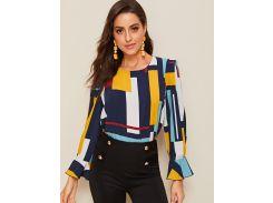 Контрастная блуза с геометрическим принтом