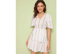 Двухслойное платье с кружевной отделкой