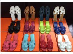 Тапочки новые французские сандалии 2018 моды с плоским дном удобные сандалии