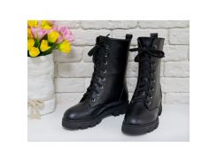 Ботинки в черной коже на шнурках на устойчивой подошве черного цвета коллекция Осень-Зима, Б-16077