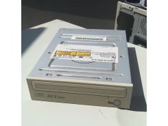 Привод дисковод CD-ROM  ide  sh-152. 49